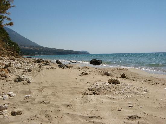 Lourdata, Grecia: Local beach (2)