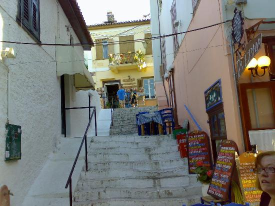 Ligeia Pension : one of the many stairs in this part of the old town