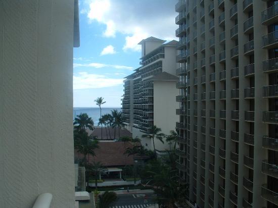 Pool View Picture Of Wyndham At Waikiki Beach Walk Honolulu Tripadvisor