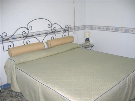 Locanda Ripa delle Janare: Large comfortable bed
