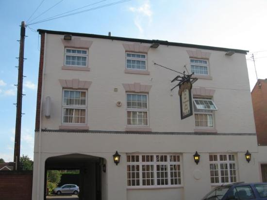 The Old Fourpenny Shop Hotel: View from the street