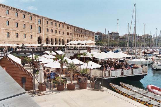 Luz De Gas A Floating Restaurant Picture Of Barcelona