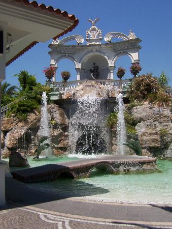Grand Hotel La Sonrisa: Garten