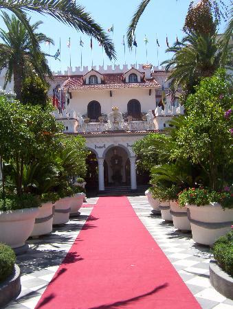 Grand Hotel La Sonrisa: Eingang