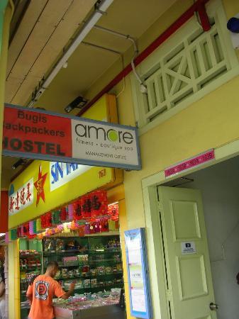 Bugis Backpackers Hostel: Hostel sinage