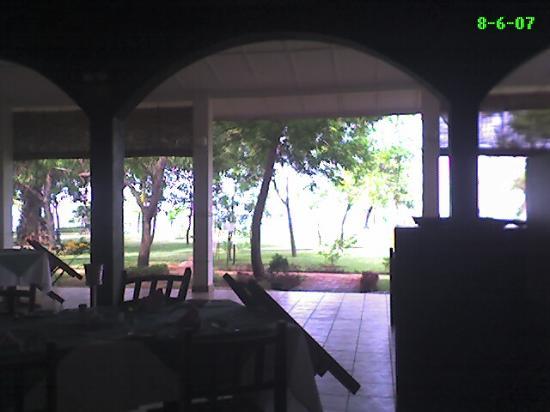 Trinco Blu by Cinnamon: Hotel's open restaurant - in early morning