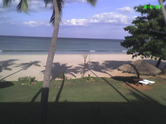 Trinco Blu by Cinnamon: Uppuveli Beach - Club Oceanic Hotel, Trincomalee