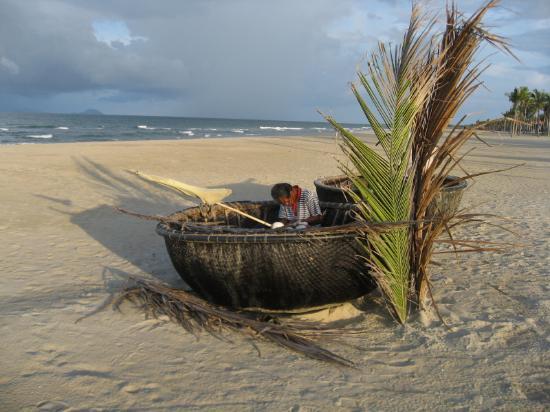 Four Seasons Resort The Nam Hai, Hoi An: Fishing Boats