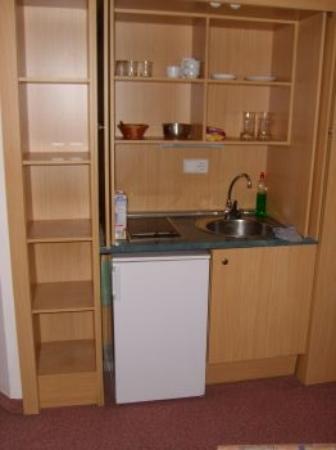 HL Hotel Rondo : the kitchen