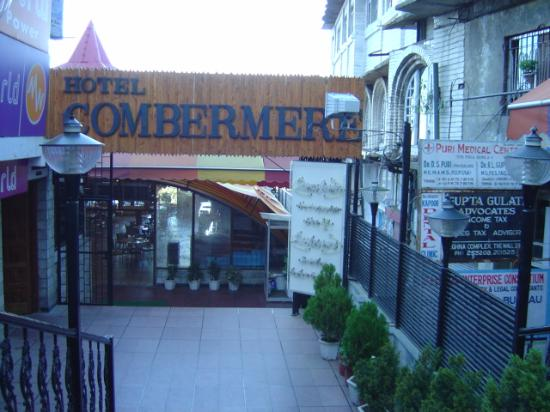 Hotel Combermere View From Mall Road Entrance