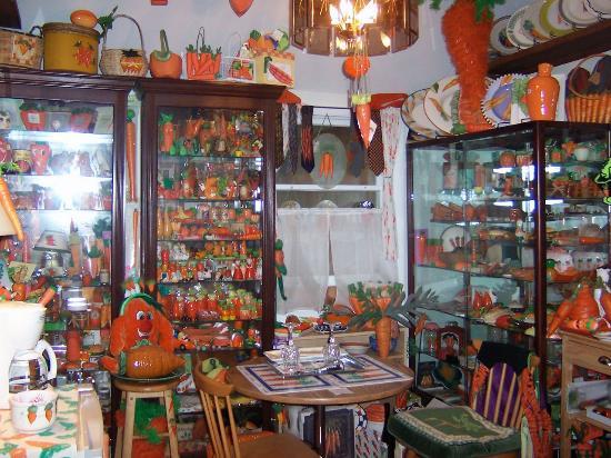 Armistead Cottage: Carrot