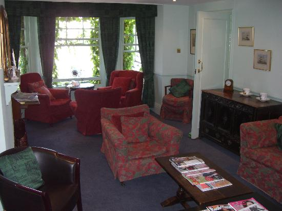 Seaview Hotel: Residents sitting room on first floor