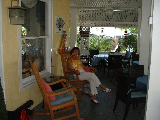La Veranda Bed & Breakfast: front veranda