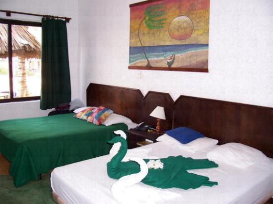 Pueblo Caribe Hotel: Zimmer von innen 2