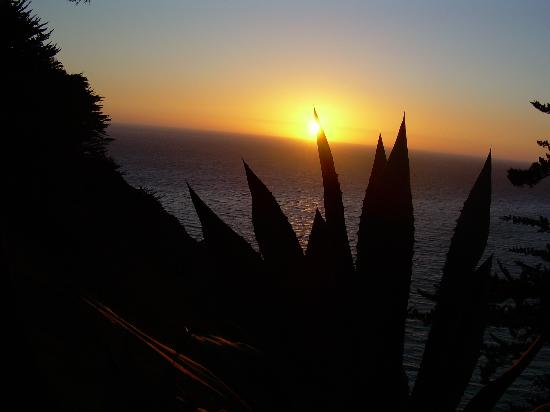Ragged Point Inn and Resort: breathtaking sunsets
