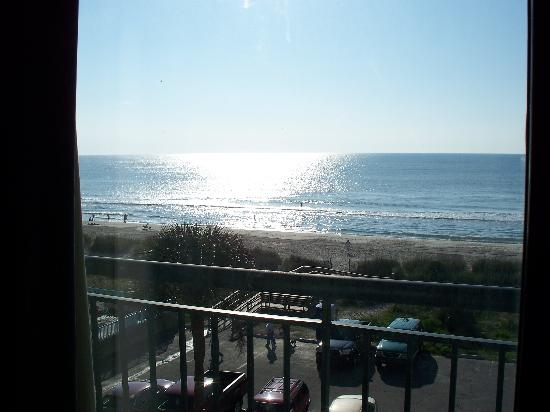 Summer Wind Inn & Suites: balcony view