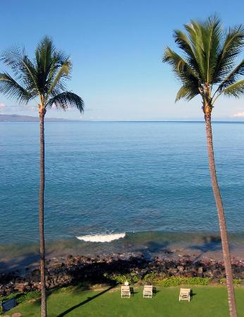 Kamaole Nalu Resort: View from the lanai