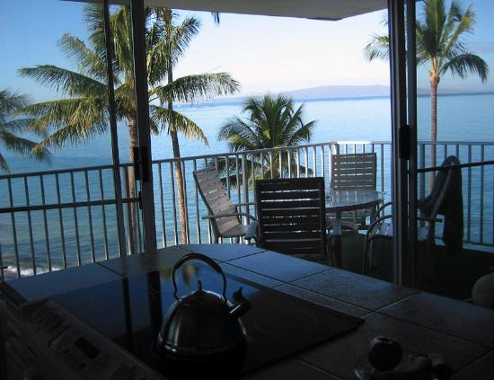 Kamaole Nalu Resort: You can cook with a view