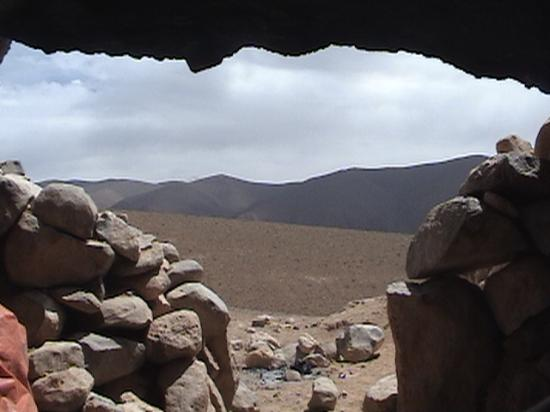 Chez Pierre: Cave w/ a view - Enjoying mint tea in a Berber cave w/ Mohommed, our guide in Dades
