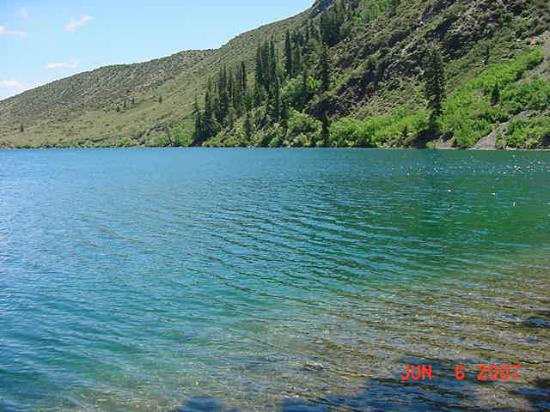 Convict Lake Resort: Crystal Clear Water