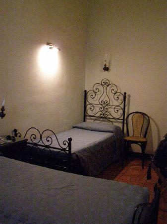 Hotel Andreina: Room 32 - spare twin bed