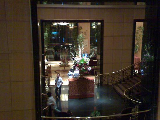 Hotel Mulia Senayan, Jakarta: Mezzanine -spacious