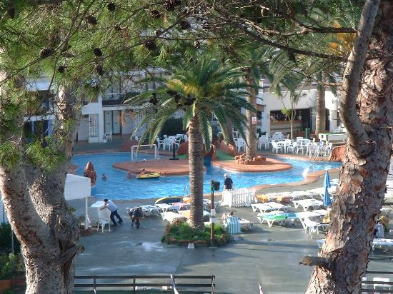 Club San Miguel: lower pool
