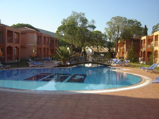 Kustur Club Holiday Village: la piscine 'silent'