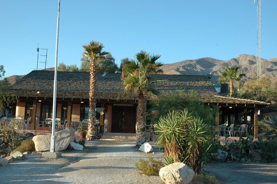 Panamint Springs Resort: View from the road