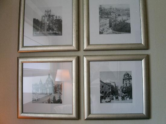 InterContinental Hotel Warsaw: decoration in the room