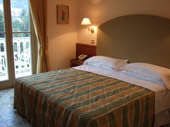 Antiche Mura Hotel: The bedroom