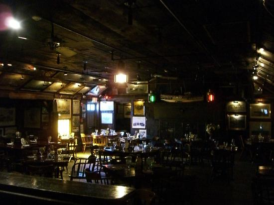 ذا جريزولد إن: Restaurant