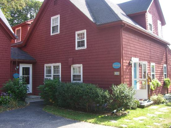 Woods Hole Passage Bed & Breakfast Inn: The Inn