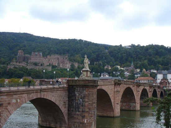 Carl Theodor Old Bridge (Alte Brucke)