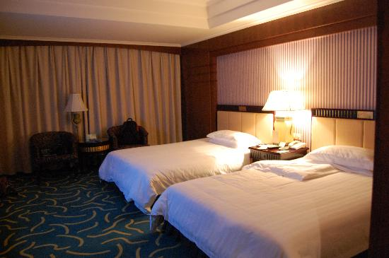 California Garden Hotel Updated 2018 Prices Amp Reviews