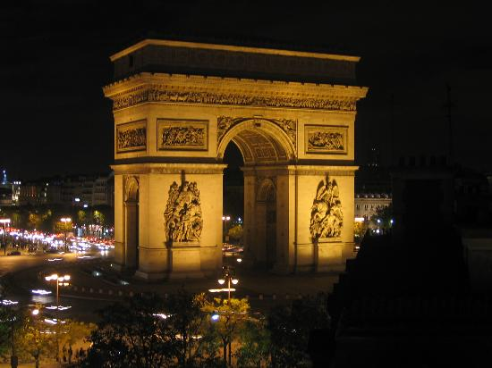 View from hotel splendid etoile picture of arc de triomphe paris tripadv - Hotel arc de triomphe etoile ...