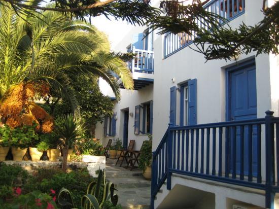 ماتينا هوتل: Entrance to our room