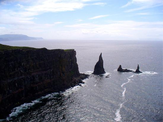 Isle of Skye, UK: MacLeods Maidens