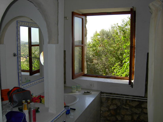 Finca Es Castell: Bathroom