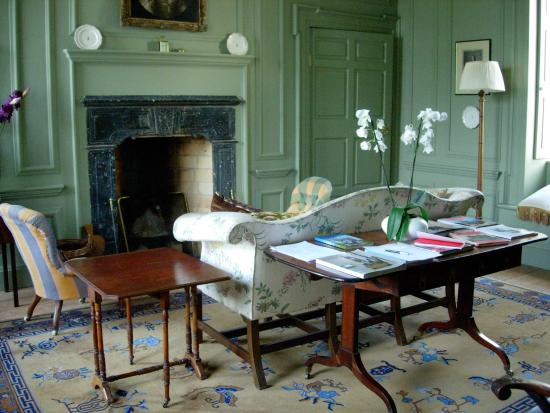 Ballinasloe, Ireland: Drawing room
