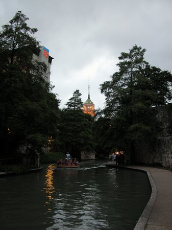 San Antonio, TX: Winding River