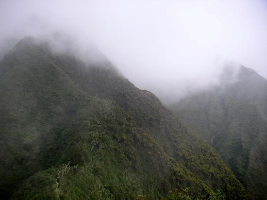 Mount Sabinyo: The next peeks we were heading too