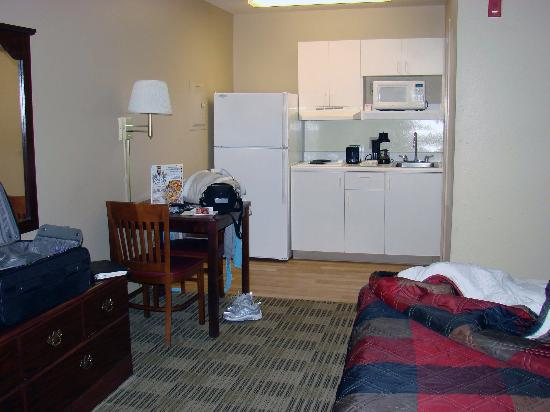 Extended Stay America - Virginia Beach - Independence Blvd.: Kitchen area