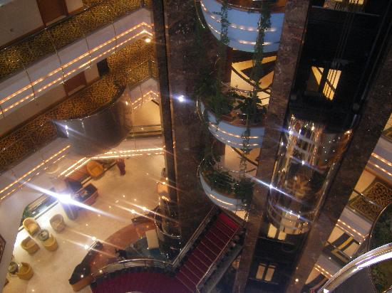 Sea View Hotel: the lifts  insde the hotel
