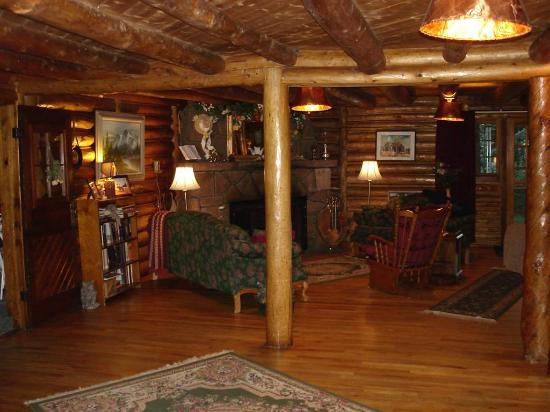 Allenspark Lodge: Main lobby