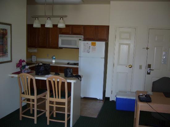 Residence Inn Palm Desert: King Studio Kitchen