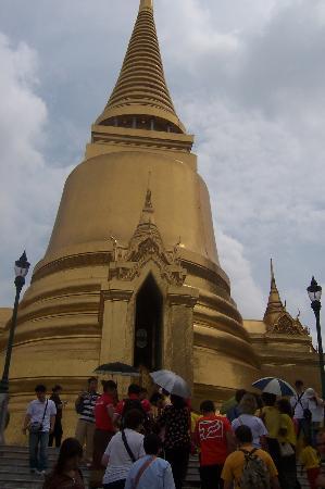 Bangkok, Thailand: La Pagoda de oro en el Gran Palacio