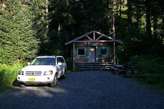 Allens Alaska Adventures: Exterior de la cabaña