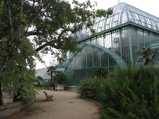 Jardin des serres d'Auteuil : vue exterieure