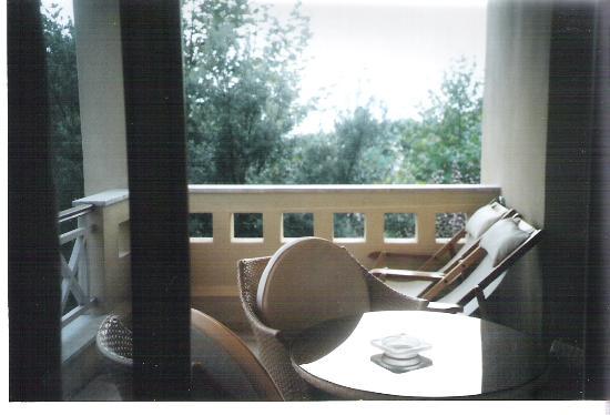 Sani Beach: veranda in deluxe suite in porto sani village